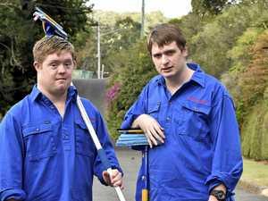 Jobs by Jacobs: Friends start handyman business