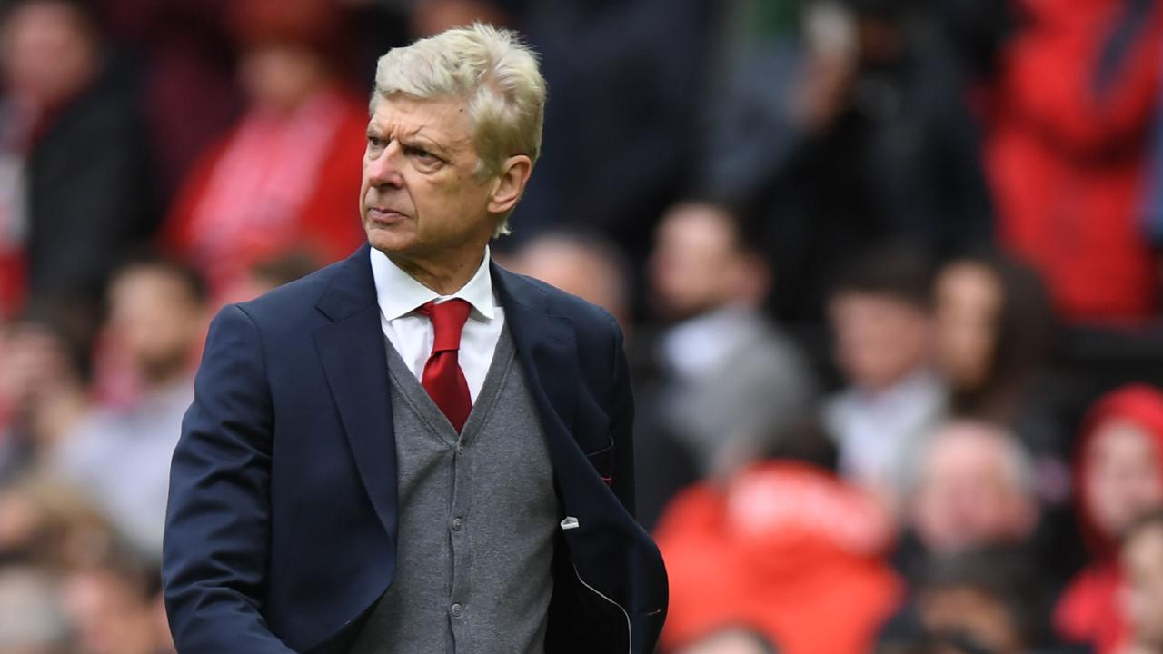 Arsene Wenger lost his final match at Old Trafford 2-1.