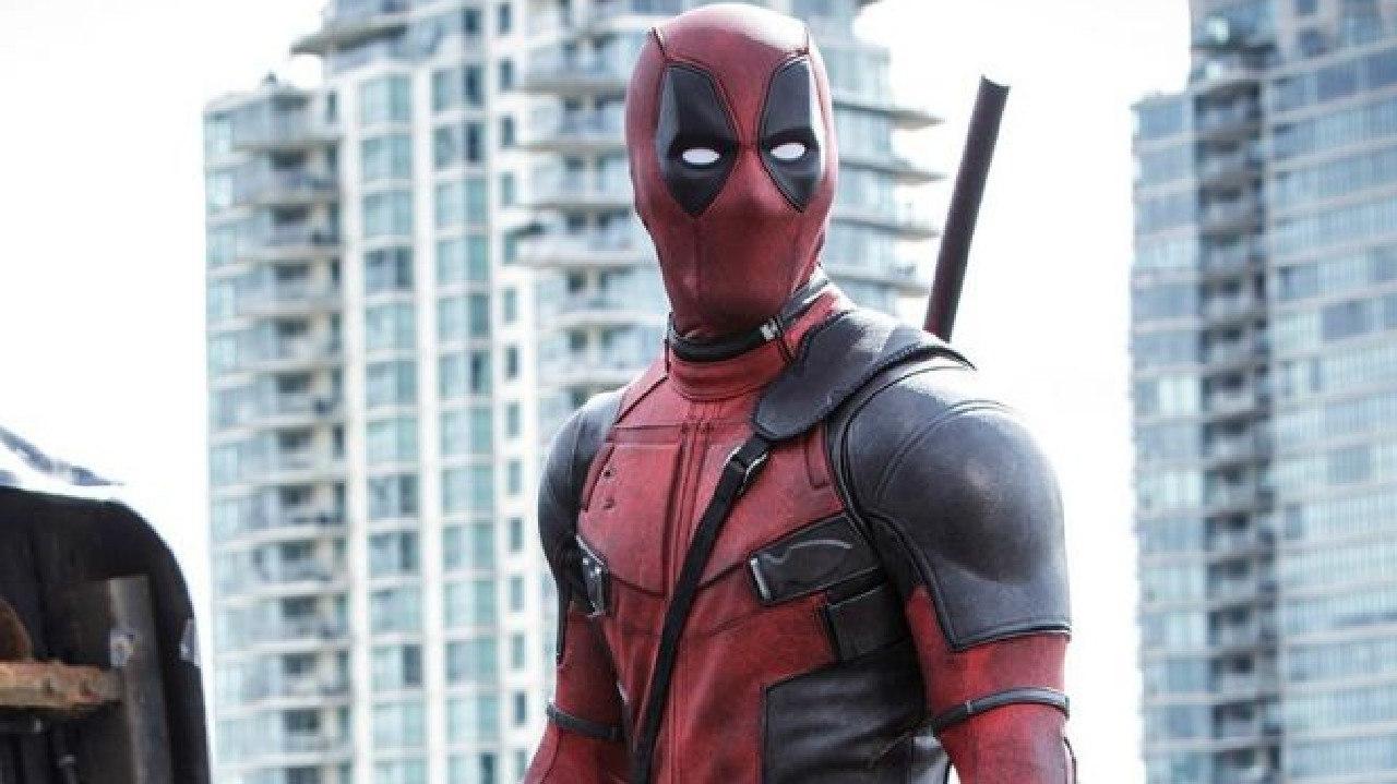 Ryan Reynolds has congratulated The Avengers on their box office success.