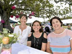 Mothers market held under fig tree