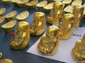'Fake gold' scammers face new charges