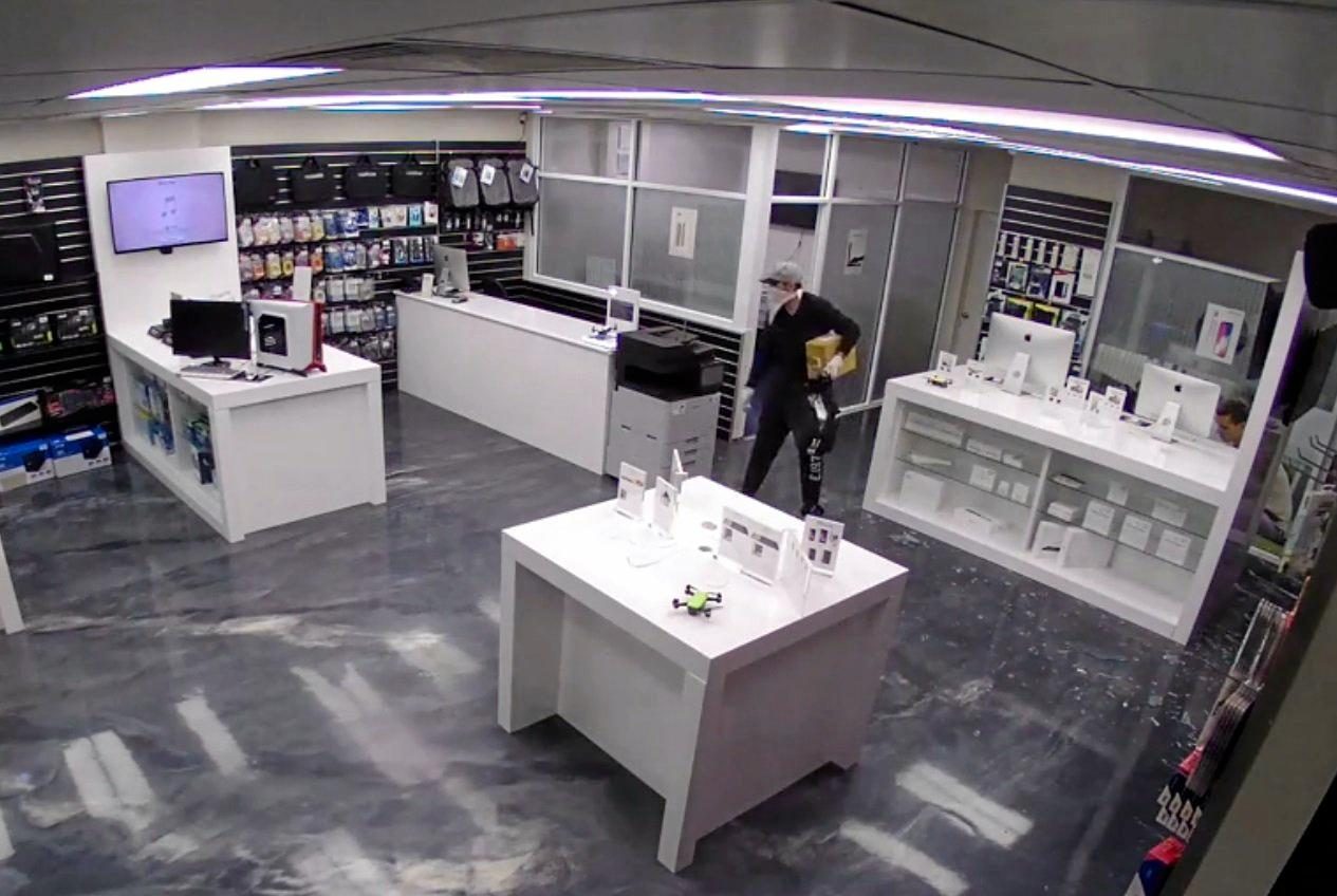 RECOGNISE THESE THIEVES? Two thieves are wanted over a break-in at Queensland Computers in Pialba  on May 3.