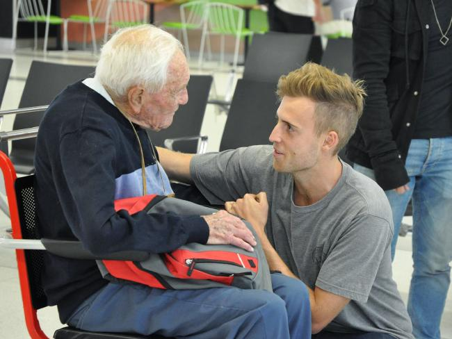 Professor David Goodall says goodbye to his grandson at Perth Airport. Picture: AAP/Sophie Moore