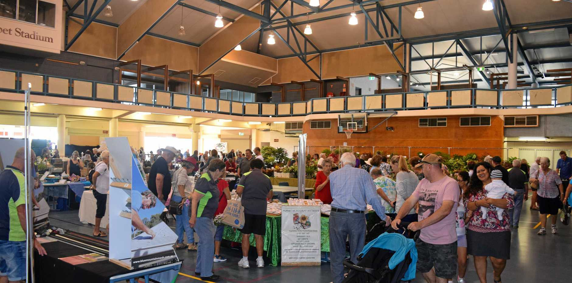 Crowds mill around at the Gympie Garden Expo Day 1 2018