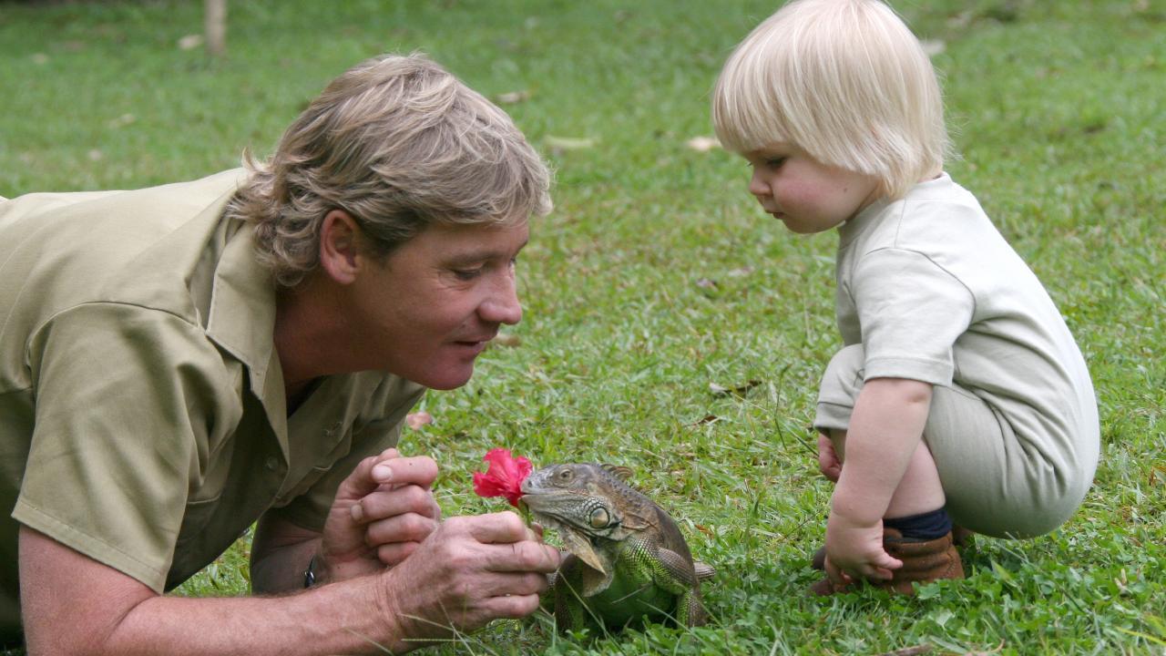 Steve Irwin with Robert at Australia Zoo in 2005.