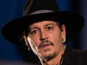 'Drunk' Depp 'attacked' crew member