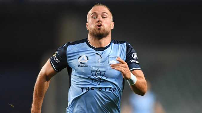 Jordy Buijs in action for Sydney FC.