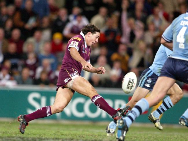 Billy Slater swerved infield before chipping back over the head Anthony Minichiello....
