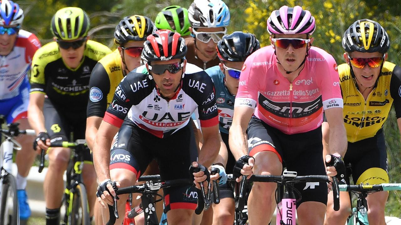 Rohan Dennis looked good in pink at the start of the stage.