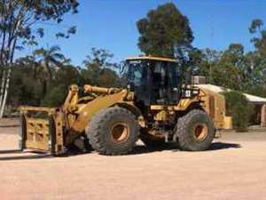 Darling Downs thieves steal 23 tonne Caterpillar loader