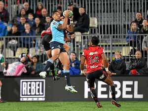 Waratahs downed by two points after leading by 29