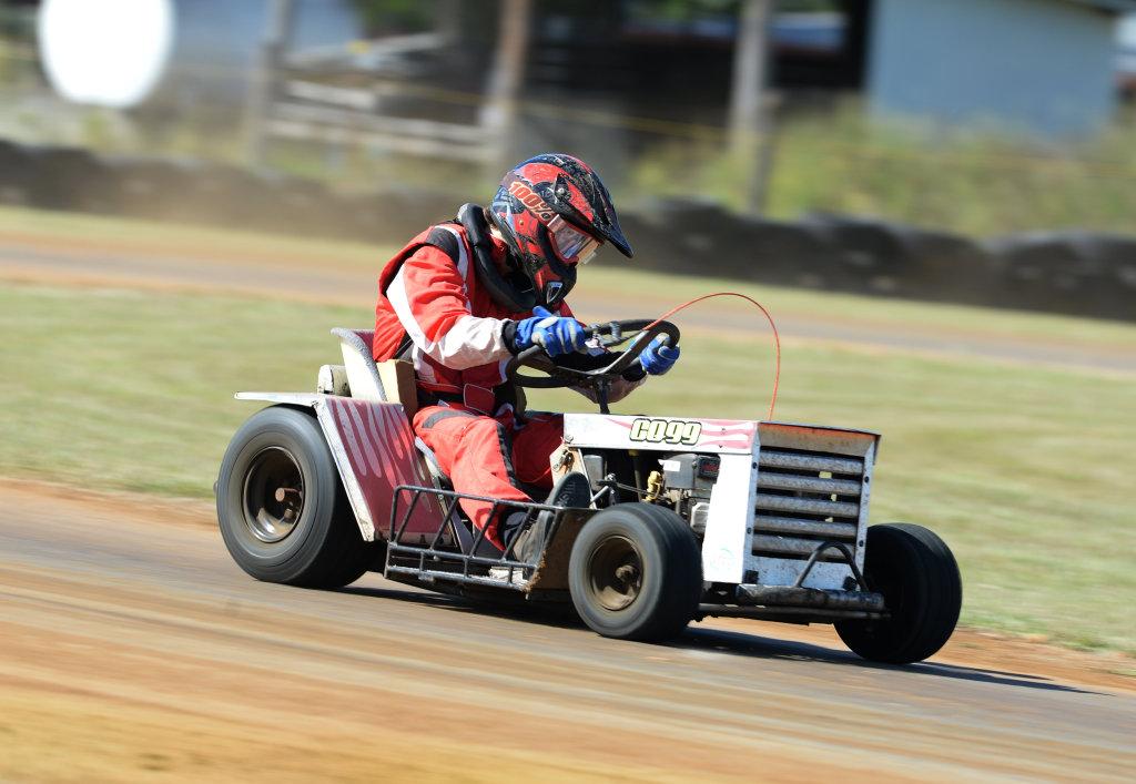 Image for sale: Mower racing, Kaleb Kennedy.