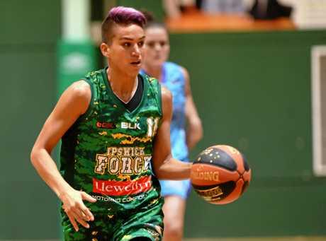 Ipswich Force basketballer Amanda Johnson scored 25 points and made a stunning 28 rebounds.