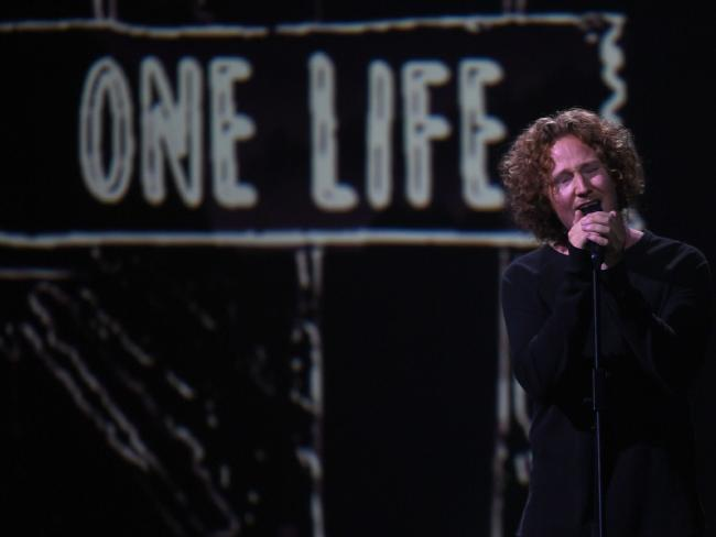 Germany's singer and songwriter Michael Schulte had the audience in tears with his tribute to his late father.