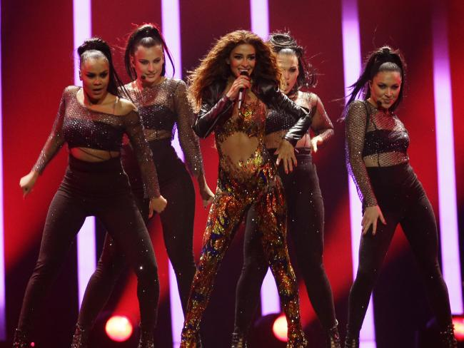 Eleni Foureira from Cyprus brings out the Beyonce.