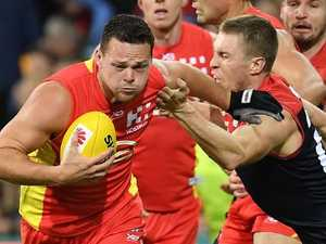 Suns leader beats umpire charge