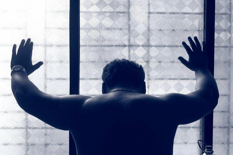 Former Lifeline operator reveals insights into mental health