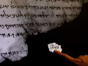 Dead Sea Scroll hidden texts revealed
