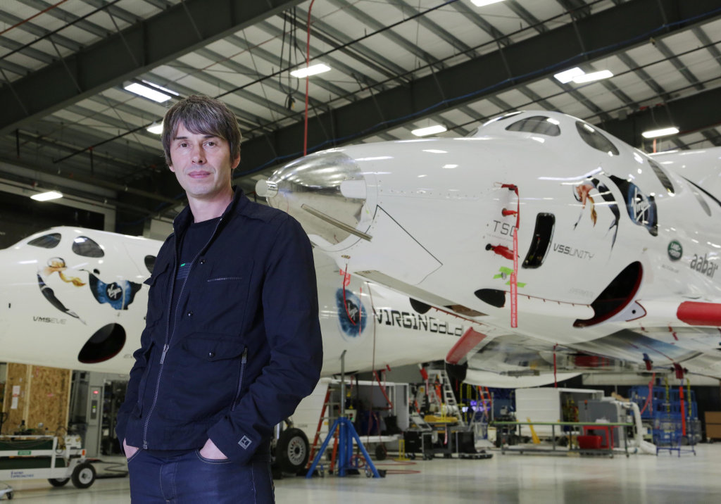 Professor Brian Cox says anyone can take up stargazing.
