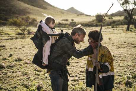 Martin Freeman and Simone Landers in a scene from the movie Cargo.