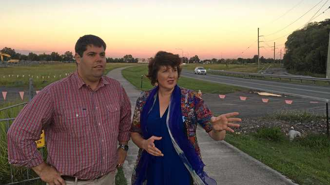 (L-R) Member for Buderim Brent Mickelberg with member for Maroochydore Fiona Simpson on the Kawana Way as the Sunshine Coast MPs demand action on the congested stretch.