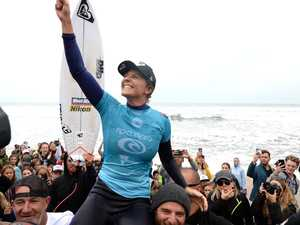 Switched-on Gilmore wins Oi Rio Pro