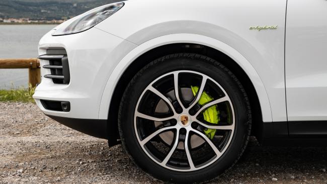 Photo of 2018 Porsche Cayenne hybrid (overseas mod