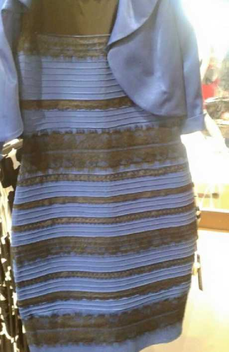 The controversy recalls the similarly impassioned debate that broke out over the #TheDress in 2015.