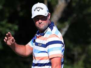 Leishman leads after stunning career best