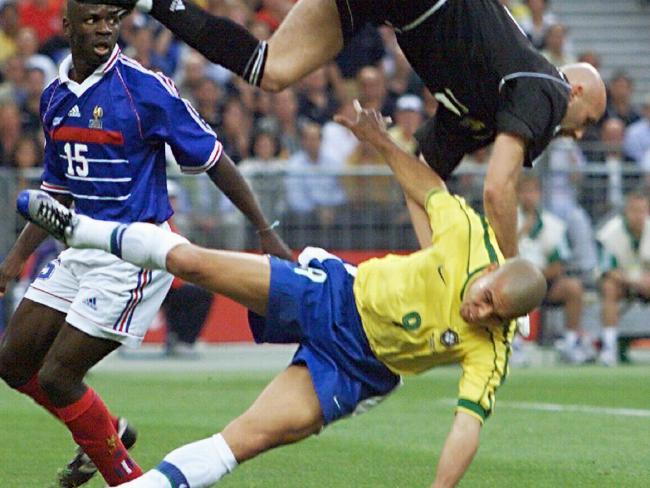 France 3, Brazil 0.