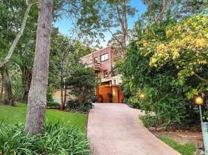 Architecturally unique '70s escarpment home for auction
