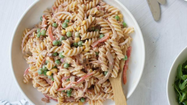 This pasta salad might be yummy, but it contains a lot of fat and a high level of calories. What is the Ketogenic diet?