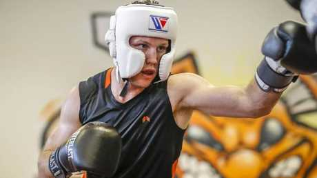 Australian Boxer Jeff Horn spars at his training base. Photo: AAP