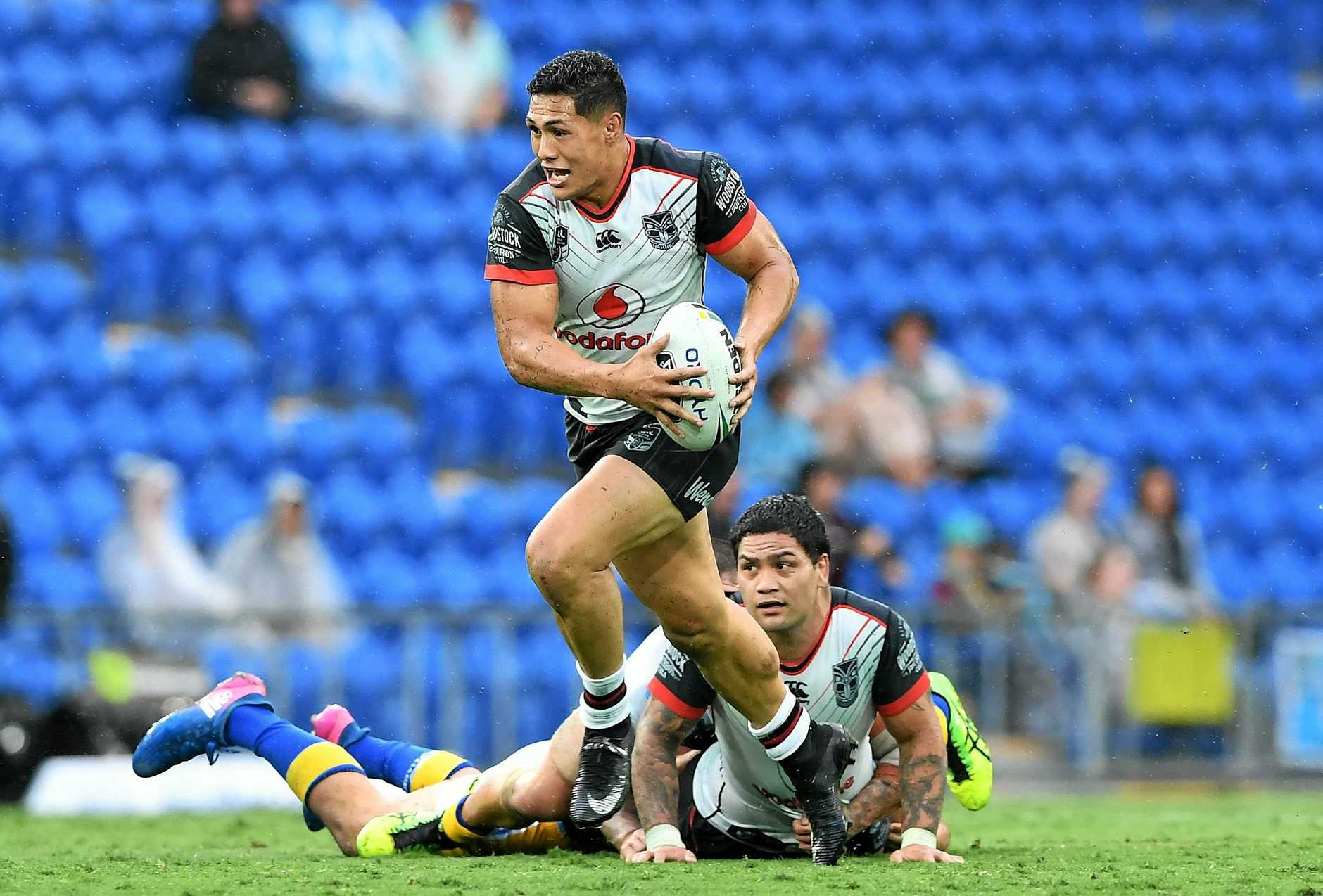 Roger Tuivasa-Sheck on the fly. (AAP Image/Dave Hunt)