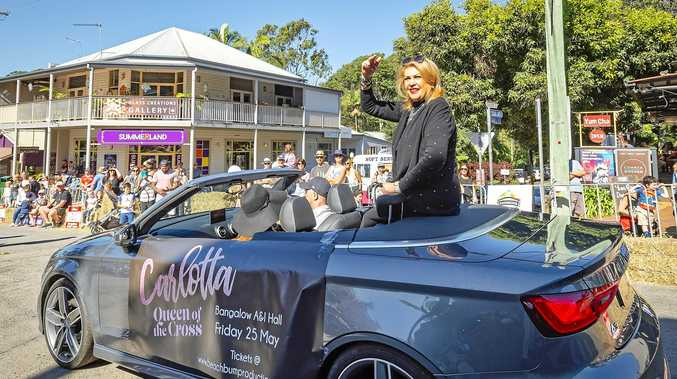 LEGEND: Showbiz royalty took part in last Sunday's Bangalow Billycart Parade.