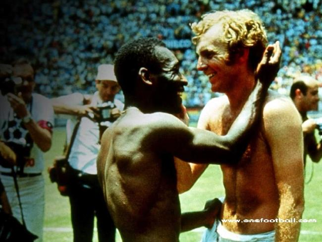 Pele (L) & Bobby Moore after Brazil defeated England in group game of 1970 World Cup Finals.
