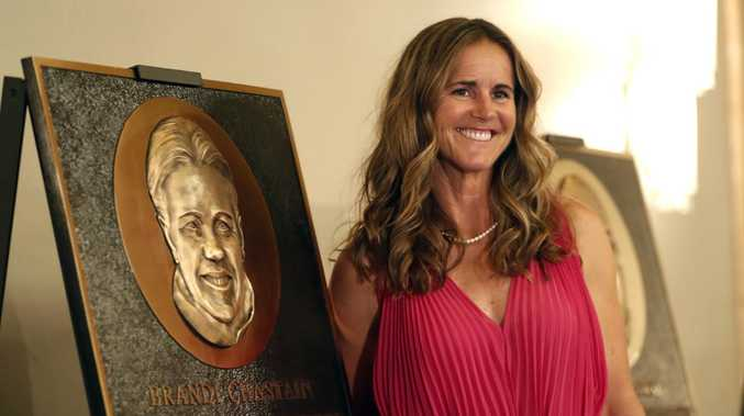 Football star Brandi Chastain's plaque panned because it looks nothing like her