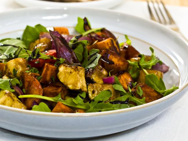 Salads aren't just for summer. You can fill up and stay warm if you add roasted vegetables to your diet.