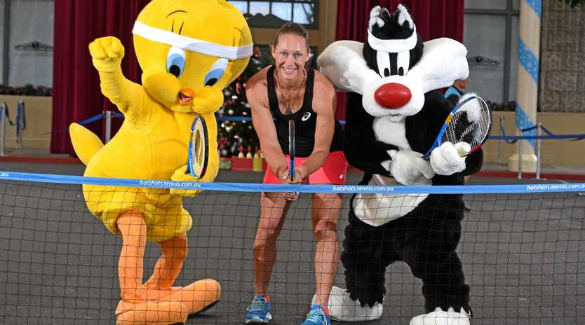 Looney toons characters Tweety Bird and Sylvester the cat with Sam Stossur at Movieworld on the Gold Coast. World tennis No.41 Sam Stosur at Movieworld on the Gold Coast to help announce the activities for Suncorp Kids Tennis Day set to take place on Sunday 31 December 2017 in Brisbane.  Wednesday December 13, 2017.  (AAP image, John Gass)