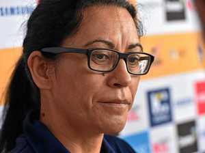 Lightning coach Taurua grieves loss of father