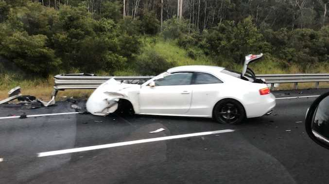 Bruce Hwy lane closed, driver disappears after crash