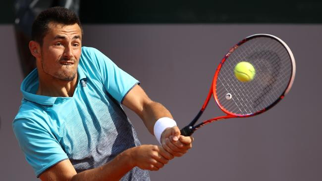 Bernard Tomic has reached the main draw of the French Open.