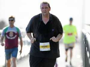 Rocky dad runs off quarter of his body weight