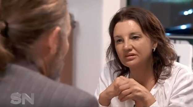 "Jacqui Lambie speaks with ""Craig"" during a speed-dating session: Picture: Seven's Sunday Night"