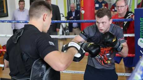 Jeff Horn training at Dundee's Boxing and Fitness at Eronga ahead of his fight with Terence Crawford. Picture: Peter Wallis
