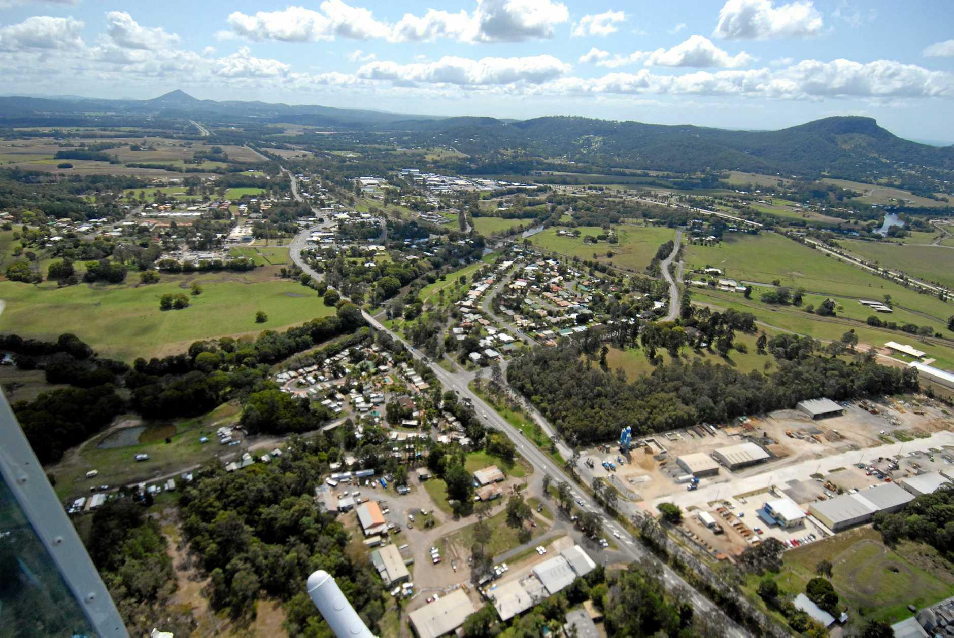 11/09/07       168853a8Aerial photos of the Sunshine Coast.YandinaPhoto Warren Lynam