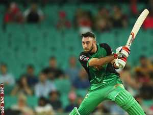 Maxwell puts hand up to lead Stars