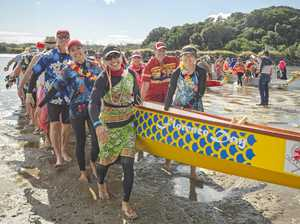 PHOTO GALLERY: Mullum2Bruns paddle goes off with a splash