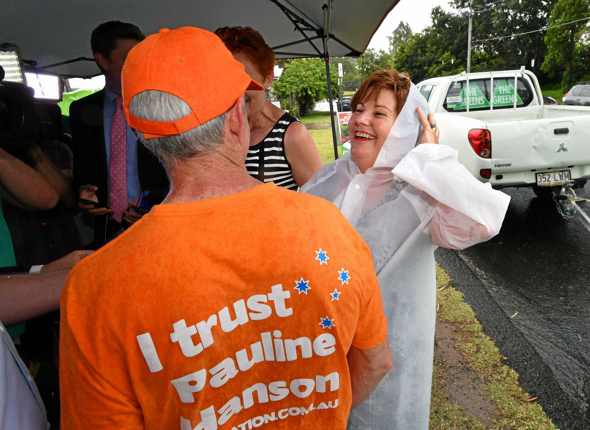 ALP member for Bundamba, Jo-Ann Miller (right) is seen talking to former One Nation Senator Malcolm Roberts (left) in the suburb of Bundamba in Ipswich during the Queensland Election campaign on Tuesday, November 21, 2017. Senator Hanson is campaigning in the electorate of Bundamba currently held by the ALP's Jo-Ann Miller. (AAP Image / Darren England) NO ARCHIVING