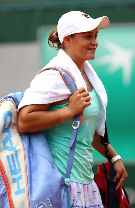 Ash Barty showed no signs of the back soreness that had plagued her.
